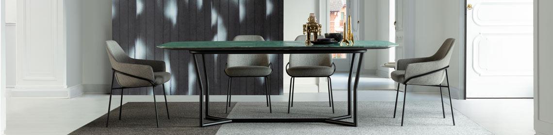 桌子与座椅